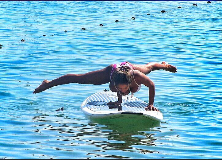 yoga paddle surf